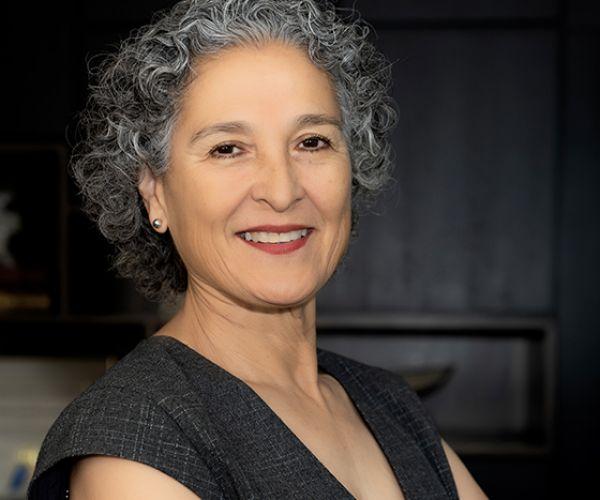 Gloria Estolano